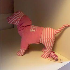 VS Pink Dog